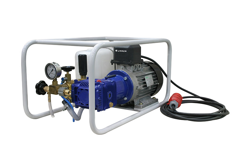 electrically-water-test-hydrotest-pumps-02